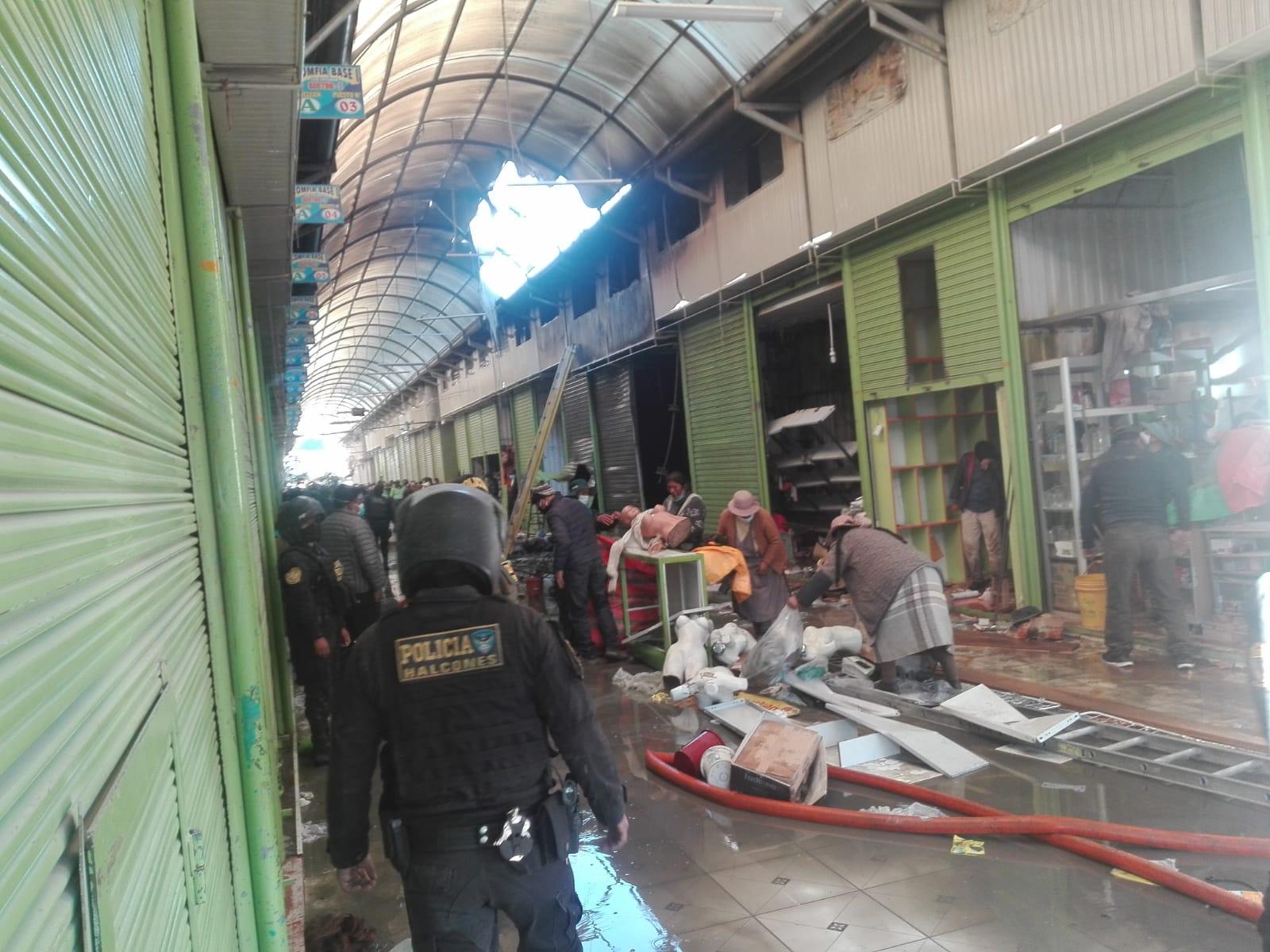 Incendio en el mercado San José de Juliaca