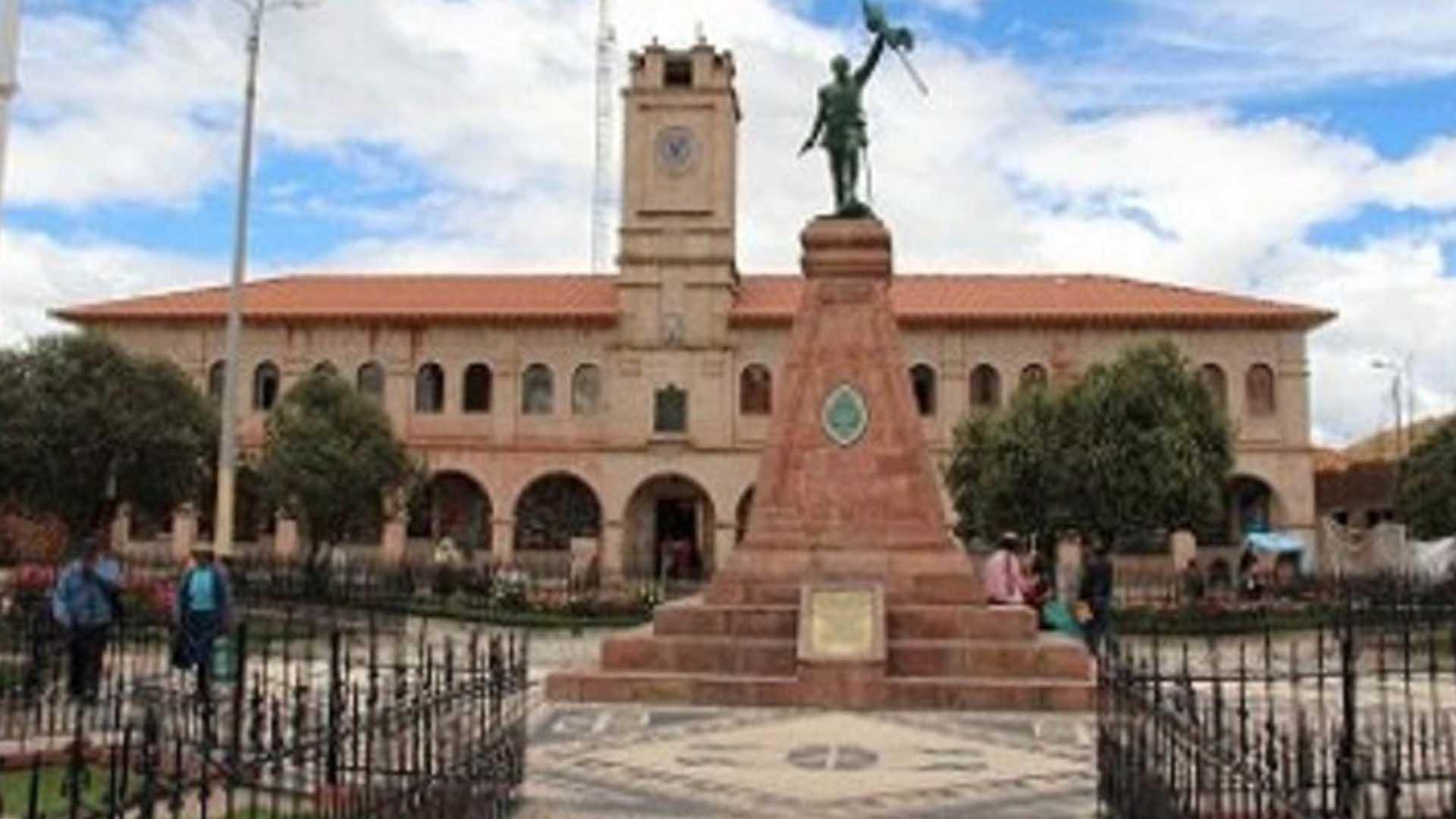 Municipaliad de Lampa.