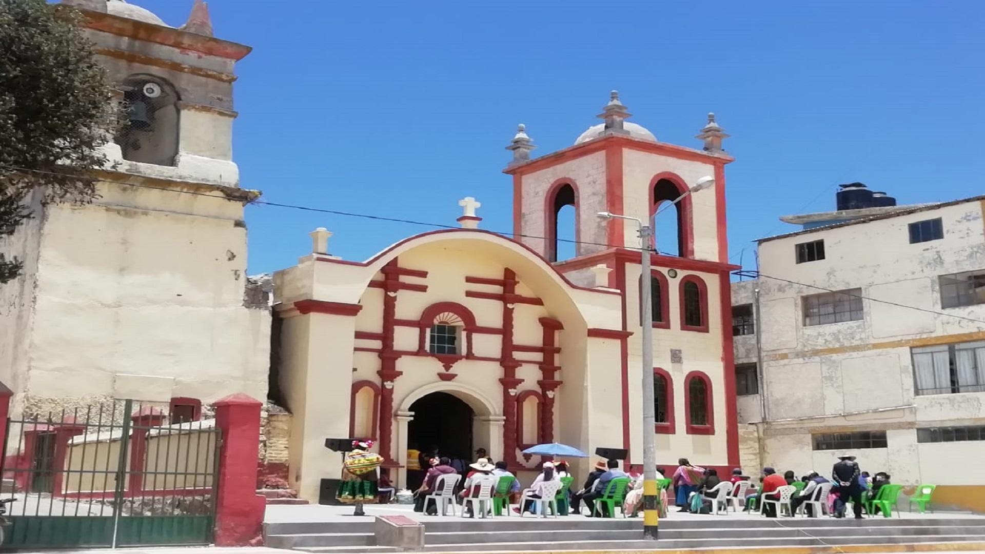 Coata: Santísima Virgen María de La Presentación.