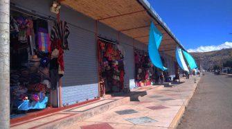 Artesanas del Puerto Muelle de Puno