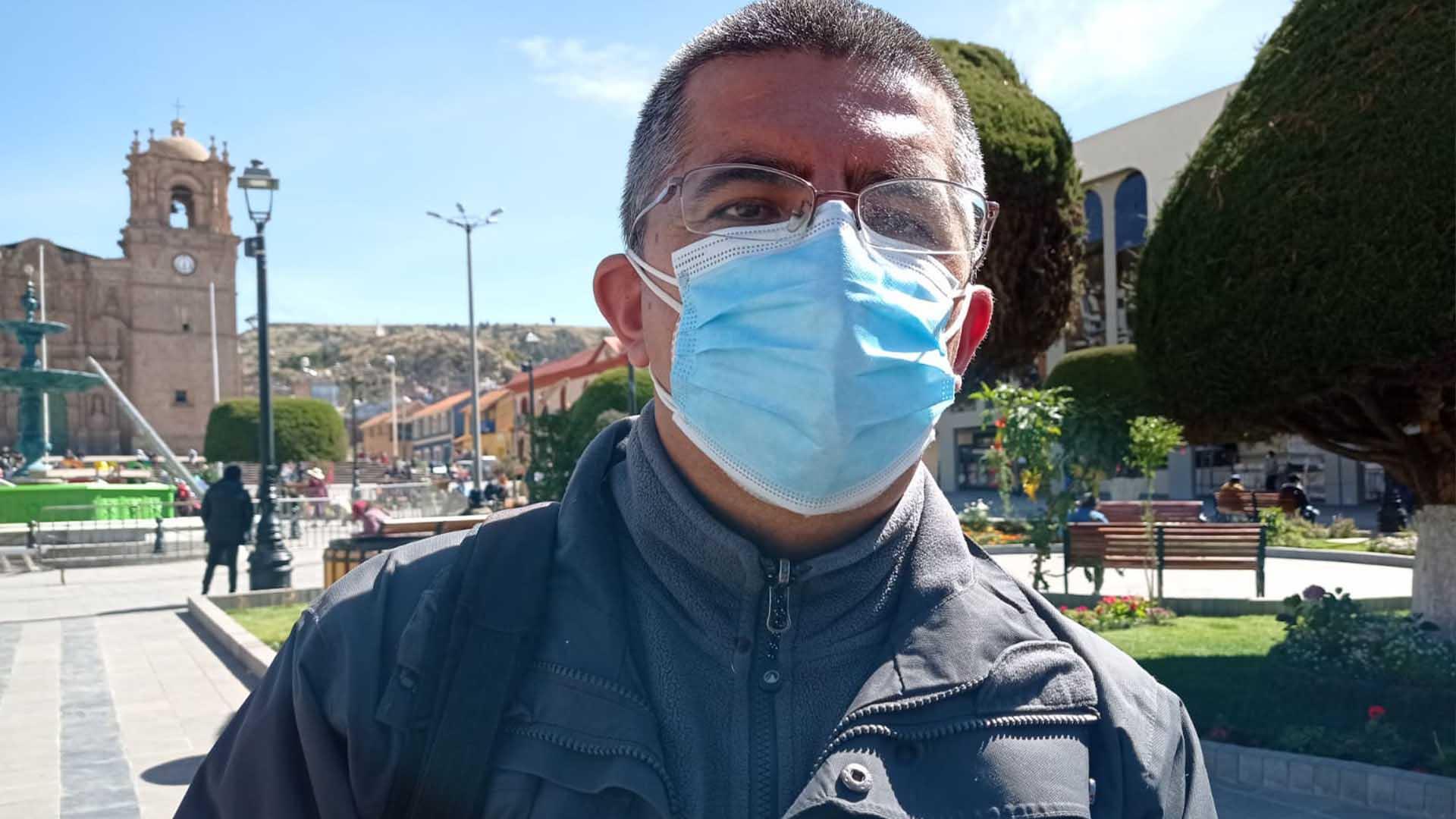 Decano del Colegio Médico de Puno, Vidmar Mengoa Herrera