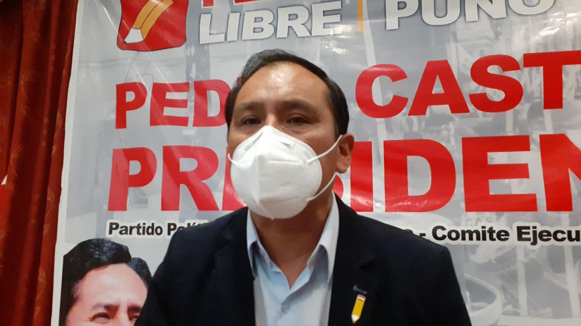 Congresista por Puno Flavio Cruz