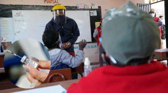 Vacunación contra el Covid-19 a maestros del sector rural