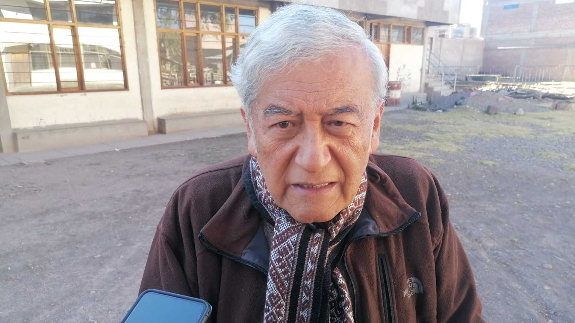 párroco de la parroquia Pueblo de Dios, Luis Zambrano Rojas