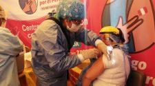 Vacunación al personal de Salud